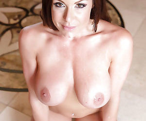 Milf mom with big tits Kendra Lust seduces a younger guy for a hardcore fuck