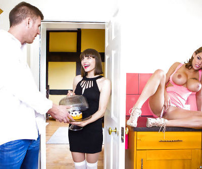 Buxom pornstar Peta Jensen taking anal creampie after hardcore sex session