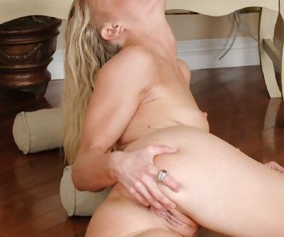 Bella Bends prefers showing her fuckable ass and playing with pussy