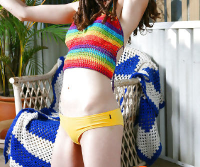 Charming young amateur Elyse showing off her hot pale body and curves