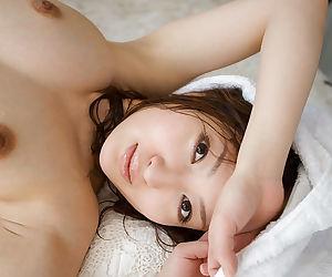 Pretty asian babe Maiko Kazano taking bath and posing naked