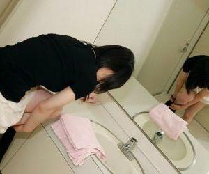 Asian babe Kumiko Naruoka taking shower and exposing her fuckable curves