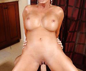 Slutty mom with big boobs Shay Fox fucking a big pulsing dong