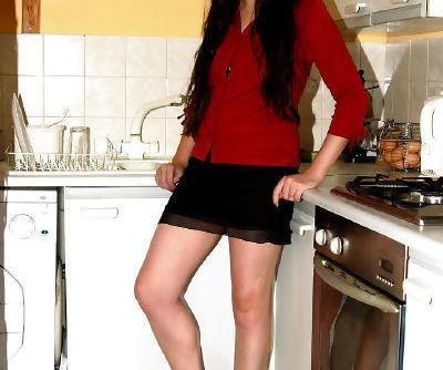 Amateur posing scene features Latina brunette Dawn undressing