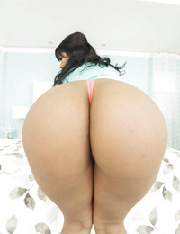 Latina brunette Rose Monroe demonstrating her perfect ass in close up