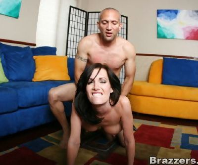 Big titted MILF in stockings Brandi Edwards fucked by a huge shaft