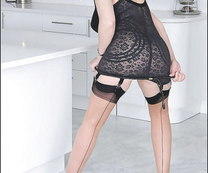 Leggy mature fetish lady posing in lingerie and stockings