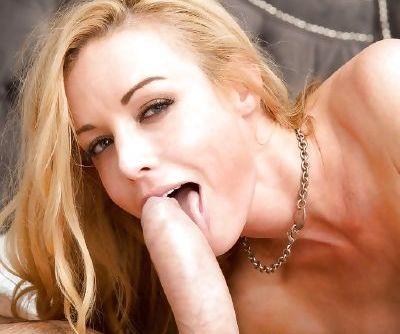 Accomplished pornstar Kayden Kross sucks cock like first-class master