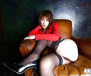 Tempting asian hottie on high heels Akane Sakura flashing her lingerie