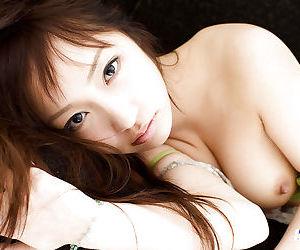 Svelte asian babe Hina Kurumi slowly getting rid of her clothes
