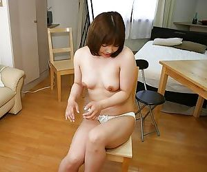 Lovely asian MILF Reiko Kawahara gets naked and enjoys pussy licking