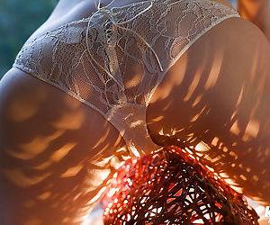 Stunning asian babe Ryo Shinohara slipping off her lingerie