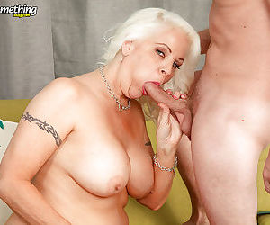 Chubby mature mom Veronica Vaughn taking younger cock inside shaved pussy