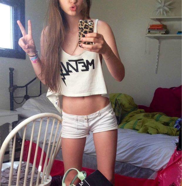 skinny teen in short shorts