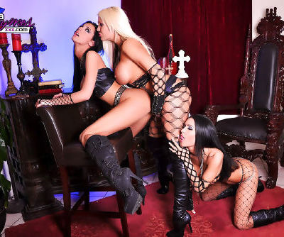 Astounding babes sharing some big toys during top lesbian masturbation trio