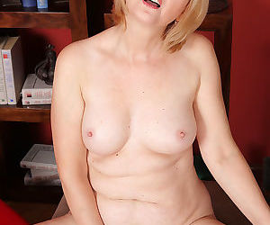 Classy blonde jennyfer b strips down and shows that sexy mature body - part 1557