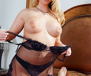 Aline is a wife wife likes to please her man. when she calls her husband home, h - part 2785