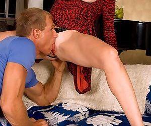 Karen kougar gets ass-fucked in her first scene - part 364