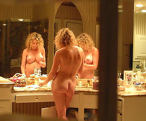 Hot amateur wives and milfs naked and fucking gallery 26 - part 440