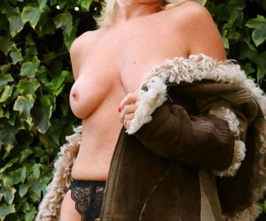 Sapphire louise elegant milf outdoors - part 1147