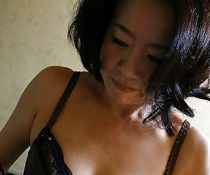 Junko Sakashita makes some cock sucking and pussy masturbating action