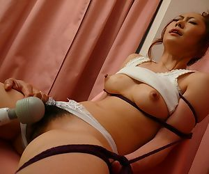 Japanese squirting hottie Arisa Suzuhusa gets her hairy coochie pleased