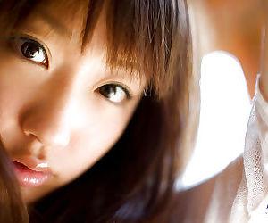 Arousing asian teen Hina Kurumi uncovering her tiny curves