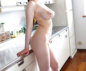 The busty housekeeper - part 4058