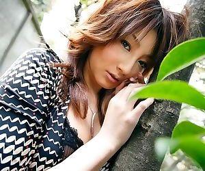 Japanese beauty reinaa mizuki showin ass and pussy - part 3792