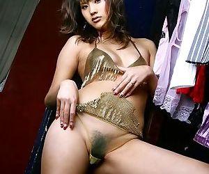 Japan idol sara tsukigami takes shower shows pussy - part 3839
