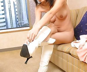 Lovely japanese babe nana posing nude showing tits - part 3685