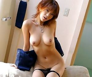 Sweet asian babe sakura showing off tits and pussy - part 3651