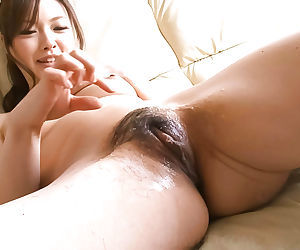 Aiko hirosi shaves her hairy pussy - part 4525