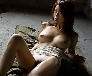 Pretty japan model risa kasumi poses showing pussy - part 1804