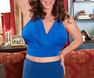 Hot mom rachel steele bares her breasts for hardcore fucking - part 2964