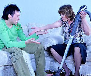 Cock hungry milf makes passes at a much younger boy eager for so - part 1174
