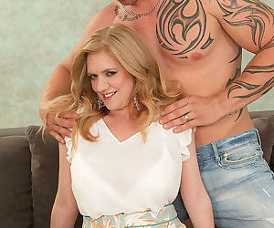 Cilla whos 47 enjoys the massage so much that she decides to suc - part 3365