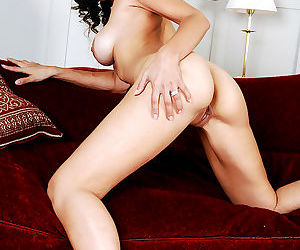 Lola del valle is giving a piano lesson. she's attracted to her student, so sh - part 2608