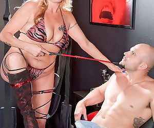 Busty mature lady playing fucking game - part 2745