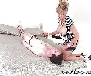 Facesitting ferish porn pics - part 2734