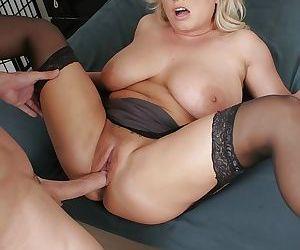Horny rachel love taking her stepsons huge pecker deep inside - part 812