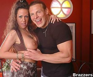 Busty mature wet pussy fucked by jay - part 1203