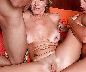 Sporty mature woman jenna covelli sucking and fucking two large - part 2916