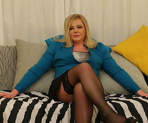 Naughty curvy housewife playing with herself - part 17