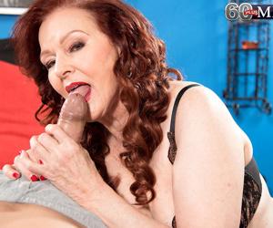 Kinky mature lady katherine merlot doing her toy boy - part 762