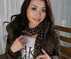 Japanese model Sayuri Shiraishi exposes upskirt panties in leather boots