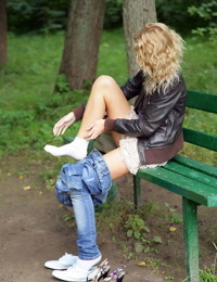 Cute teen with blonde hair Summer Breeze shows her naked body on park bench