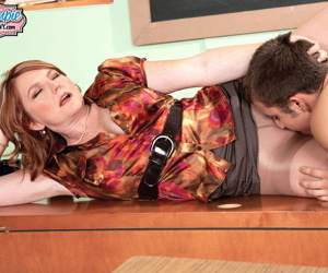 Student gives her a creampie - part 1000