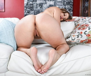 Thick female Miss MelRose plays with her twat with painted fingernails
