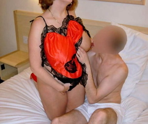 Hot mature Curvy Claire in red sexy lingerie sucks- facesits & toys her hole